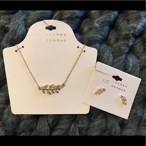 LC Horizontal Leaf Necklace & Earrings Set - NWT